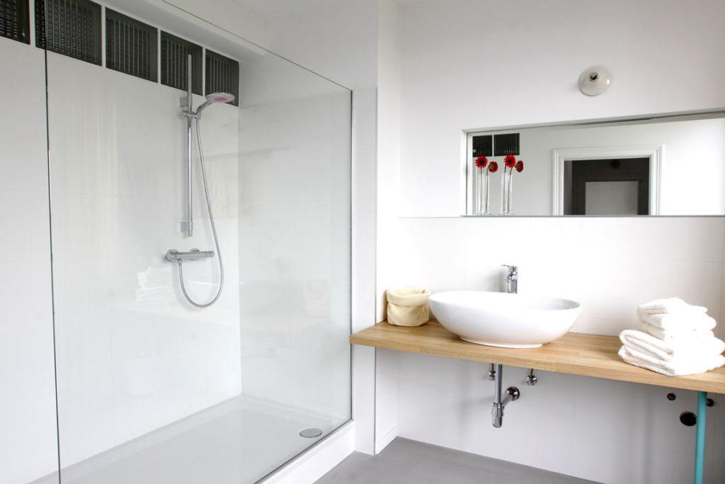 Conseils pour aménager une douche pour senior