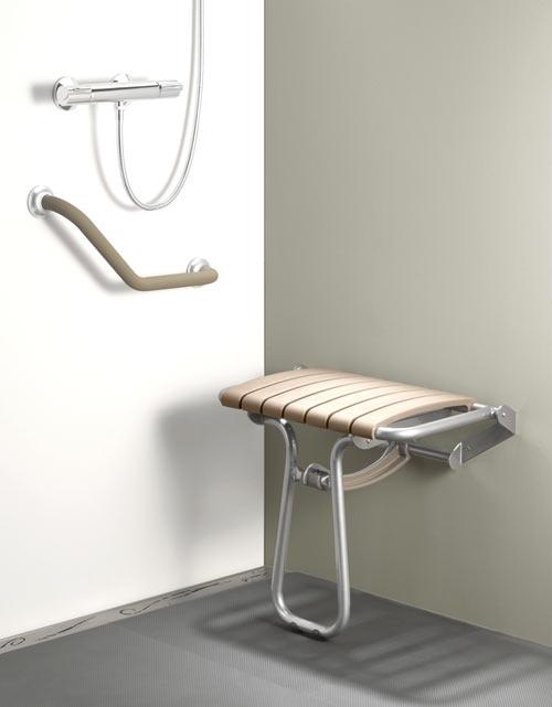 Installer un siège de douche